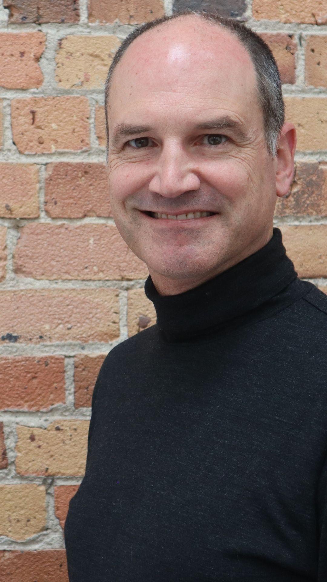 Gavin Lennox_Brick_Portrait_720_1280_Small